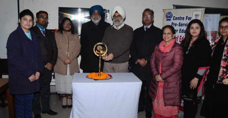 GNDU faculty proficient in MOOC pedagogy workshop concluded