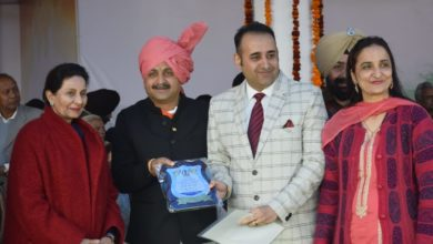 Pankaj Mohindru honoured for his social work on Republic day