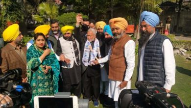 Turncoat leader from Nabha Ramesh Singla joins AAP