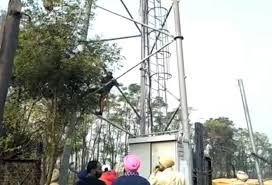 Punjab police collecting data on JIO towers vandalised last month-photo courtesy-internet